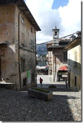 Road to Parish Church, Orta